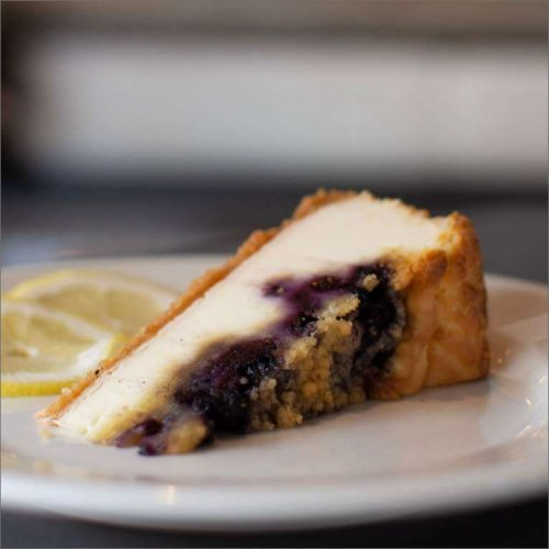 Lemon Blueberry Crumble Cheesecake 1