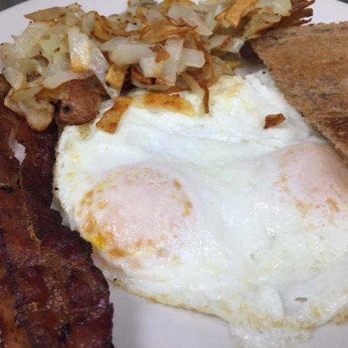 THE CLASSICS - Good Stuff Breakfast